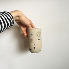 Female inspired pottery by Anne-Fleur Kan ...