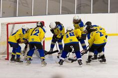 FTC - Hatvan Girls Női OBII - Hatvani Gigászok Ice Hockey Teams, Girls, Sports, Hs Sports, Daughters, Excercise, Sport, Exercise, Girlfriends