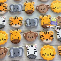 Jungle Theme Birthday, Baby Boy 1st Birthday, 2nd Birthday Parties, Baby Shower Treats, Baby Shower Cookies, Baby Shower Parties, Safari Party, Safari Theme, Lion Cookies
