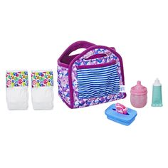 Now your little one will be all set to take their baby doll out and about with this Baby Alive Diaper Bag Set! Baby Alive Doll Clothes, Baby Alive Dolls, Baby Dolls For Kids, Toys For Girls, Baby Girls, Muñeca Baby Alive, Bb Reborn, Bebidas Do Starbucks, Reborn Baby Girl