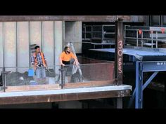 Aussie Builders surprise public with loud empowering statements - YouTube