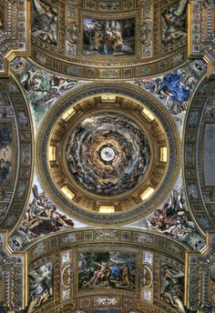 """Sant'Andrea Della Valle, Rome.  The fresco in the Dome, the """"Assumption of Our Lady into the Glories of Paradise"""" is by Giovanni Lanfranco, 1625.  This Dome is the third highest in Rome."""