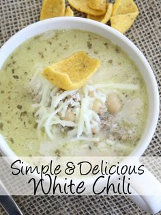 This white chili recipe - easy, comfort foods in a nutshell! And, it has a little kick too, so you can serve sour cream on the side, along with some extra jalapeños for those that need even more kick.  http://couponcravings.com/white-bean-turkey-chili/