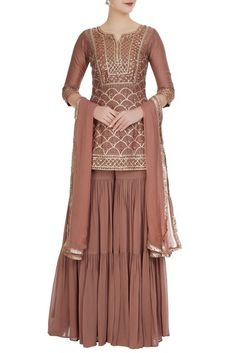 Buy Champagne georgette gota kurta with sharara & dupatta by Esha Koul at Aza Fashions Pakistani Dress Design, Pakistani Dresses, Indian Dresses, Pakistani Sharara, Lengha Choli, Sharara Suit, Shalwar Kameez, Patiala, Salwar Suits