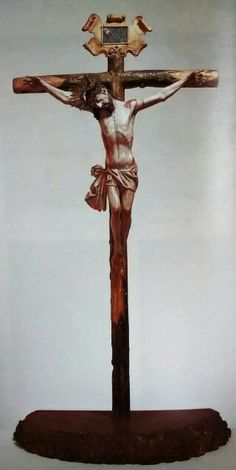 Cristo Crucificado. Talla en madera policromada y estofada. Siglo XVIII Palacio Arzobispal, Guatemala