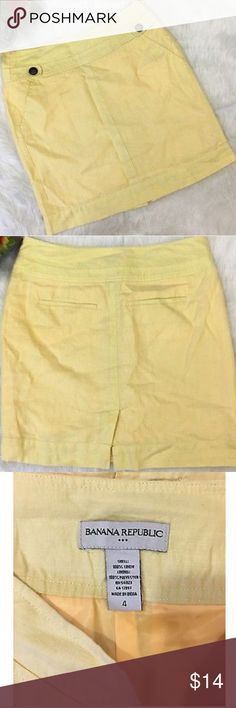 Banana Republic yellow linen skirt This beautiful skirt has been worn but is in excellent condition.  The waist measures at 15 inches across, and the total length of the skirt is 18 in. Banana Republic Skirts