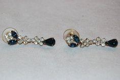 Vintage / Earrings / rhinestone / Blue / by AmericanHomestead