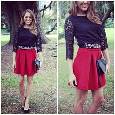 As I make my wardrobe more girly, I'd love to add outfits like this. The black top is lovely and the pleated skirt goes well with it.