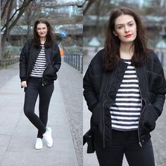 Carin Wester Reva Jacket, Adidas Stan Smith, Topshop Black Skinny Leigh Jeans, Cos Striped Shirt