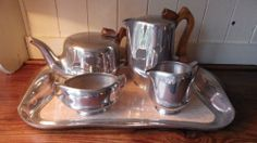 PICQUOT WARE Original 1960s Vintage Retro TEASET (Including Tray)