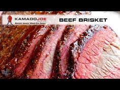 It's time to fire up the Big Joe with some BIG BBQ MEAT and get a BIG Brisket smokin'! If you have not tried THIS technique for cooking a bee. Kamado Grill, Kamado Joe, Grilling Tips, Grilling Recipes, Smoker Recipes, Beef Recipes, Joe Beef, Ceramic Grill, Bbq Brisket