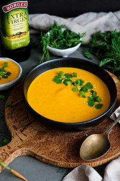 Mrkvová polievka What To Cook, Clean Recipes, Food Inspiration, Thai Red Curry, A Table, Food And Drink, Favorite Recipes, Vegetables, Menu