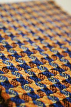 Weave-Away: blue n orange