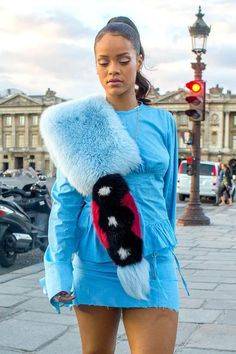 Rihanna visited Grande Roue de Paris wearing blue Fendi fur scarf!