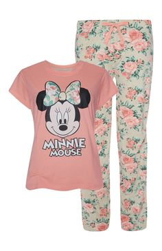 Primark - Minnie Mouse Floral Pj Set Cute Pajama Sets, Cute Pjs, Cute Pajamas, Pajamas Women, Pj Sets, Lazy Day Outfits, Girl Outfits, Cute Outfits, Pajama Outfits
