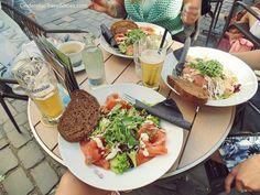 Good Duth beer (my favorite is Hoegaarden)andsome fresh salad with salomon