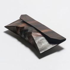 Wooden Clutch by Tesler + Medelovitch | Posted by CJWHO.com