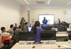 Leontyne, director and producer teaches college students at TCNJ how to prepare for on camera interviews