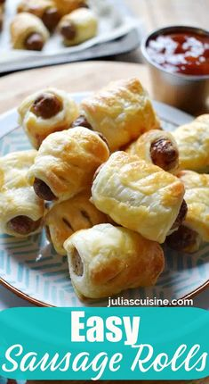 Warm Appetizers, Holiday Appetizers, Appetizer Recipes, Easy Party Food, Sausage Rolls, Game Day Food, Yummy Food, Tasty, Delicious Recipes