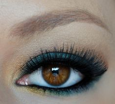 Emerald Green and Gold Eyeshadow makeup look