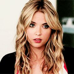 Animated gif discovered by Mónica Monteiro. Find images and videos about gif, pretty little liars and pll on We Heart It - the app to get lost in what you love. Hanna Marin, Ashley Benson, Famous Girls, Famous Women, Pretty Little Liars Episodes, Pretty Little Liers, Pure Beauty, Wattpad, Hair Colors