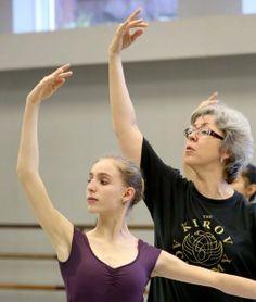 """How to Break Hand Habits"" by Julie Diana via Dance Teacher"