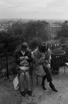 Montmartre, Paris, 1966 (Richard Kalvar) via greeneyes55