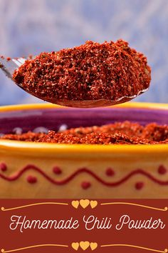 This homemade chili powder is better than anything you'll ever buy! Easy to make and adjustable to suit your 'heat' tolerance. #anothermusicinadifferentkitchen #spices #spiceblend Cooking For Beginners, Recipes For Beginners, Chili Recipes, Vegan Recipes, Vegan Chili, Homemade Chili, Powder Recipe, Stuffed Sweet Peppers, Chili Powder