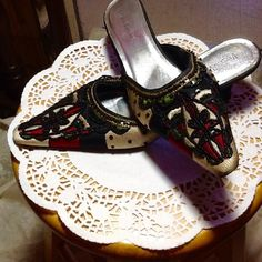 "RETRO BEADED FANCY DRESS HEELS  Very retro beaded, studded with stones and rhinestones,  with gold threaded stitching black shiny heels. dressy 2 1/2""  heels.  Never worn.  Tags still on soles.  Very stylish!  Unique! Varsavia Viamara Shoes Heels"