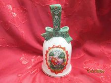 """AVON 1990 CHRISTMAS BELL """" TWO LITTLE MICE SNUGGLED ON A CHAIR""""  GOLD TRIMMED"""