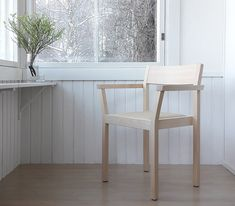 PERIFERIA KVT3 chair with armrests by Kari Virtanen, birch and wood oil mixture
