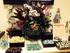 Blue Day reúne noivas no Atelier Carol Hungria