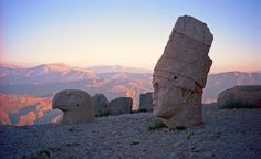 https://flic.kr/p/4qjg2b | Mt Nemrut sunrise | Sunrise on Mt Nemrut, Eastern Turkey