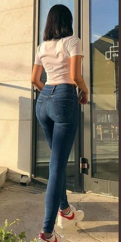Superenge Jeans, Sexy Jeans, Denim Pants, Blue Jeans, Mom Jeans, Skinny Jeans, Skinny Girls, Cute Asian Girls, Girls Jeans