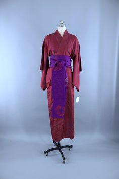b0d6a0b08f Vintage 1940s Silk Kimono Robe   Red   Blue Omeshi Kimono ThisBlueBird Silk  Kimono Robe