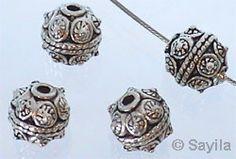 www.sayila.fr - Circulaire de métal décoré 10mm