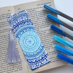 Colorful mandala bookmark this and a lot of other designs on my Etsy shop 💙 Mandala Book, Mandala Art Lesson, Mandala Artwork, Bookmarks For Books, Creative Bookmarks, Doodle Art Drawing, Mandala Drawing, What Is A Mandala, Bookmark Craft