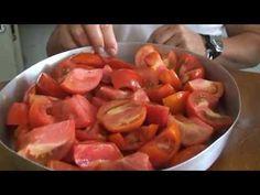 Πως να κάνετε λιαστές ντομάτες στο σπίτι σας. - YouTube Tomatoes, Shrimp, Meat, Youtube, Food, Essen, Meals, Youtubers, Yemek