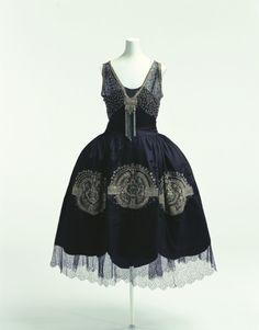 Lanvin robe de style ca. 1925  From the Kyoto Costume Institute via World Fashion Channel
