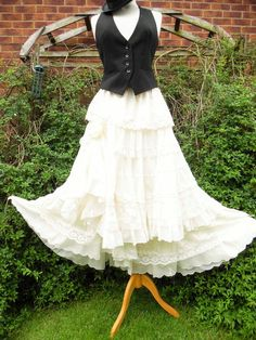 Quirky skirt cream freesize hitch lagenlook hippy gypsy wicca wedding 1 only