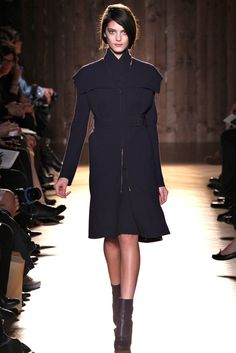 Roland Mouret Fall 2012 Ready-to-Wear - Collection - Gallery - Style.com