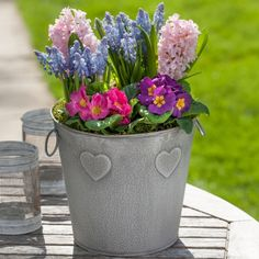 Mothers Day Outdoor Planter #mothersday ~ - Happy Mother's Day!