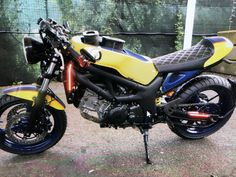 Suzuki Sv 650, Garage, Motorcycle, Vehicles, Carport Garage, Garages, Motorcycles, Car, Motorbikes