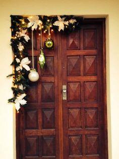 Cheap Christmas, Christmas Porch, Simple Christmas, Christmas Wreaths, Christmas Budget, Elegant Christmas, Christmas 2019, Christmas Wishes, Merry Christmas