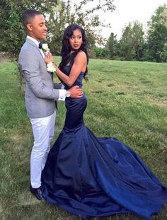 These 2015 Prom Dresses Will Get Your Attention (12 Photos)
