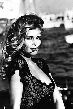 Claudia Schiffer for Guess?