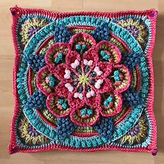 Transcendent Crochet a Solid Granny Square Ideas. Inconceivable Crochet a Solid Granny Square Ideas. Crochet Afghans, Crochet Square Blanket, Crochet Squares Afghan, Crochet Quilt, Crochet Blocks, Crochet Blanket Patterns, Diy Crochet, Crochet Stitches, Knitting Patterns