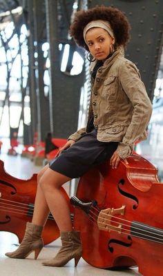 Women's style. Esparanza Spalding