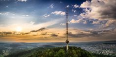 The Lookout - OLYMPUS DIGITAL CAMERA Olympus Digital Camera, Cn Tower, Building, Photography, Travel, Photograph, Viajes, Buildings, Fotografie
