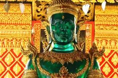 tourist guide to grand palace bangkok Wat Phra Kaew Temple of the Emerald Buddha statue Vietnam Cruise, Grand Palace Bangkok, Thailand, Buddha Temple, Meditation Exercises, Spiritual Symbols, Children Images, Travel Tours, Day Trips